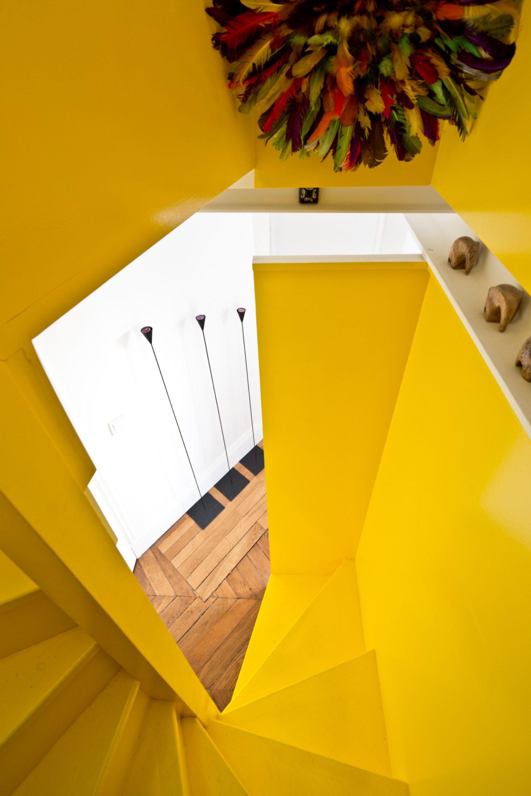 Rénovation d'un appartement en duplex à Paris par Archibien et son architecte - la cage d'escalier