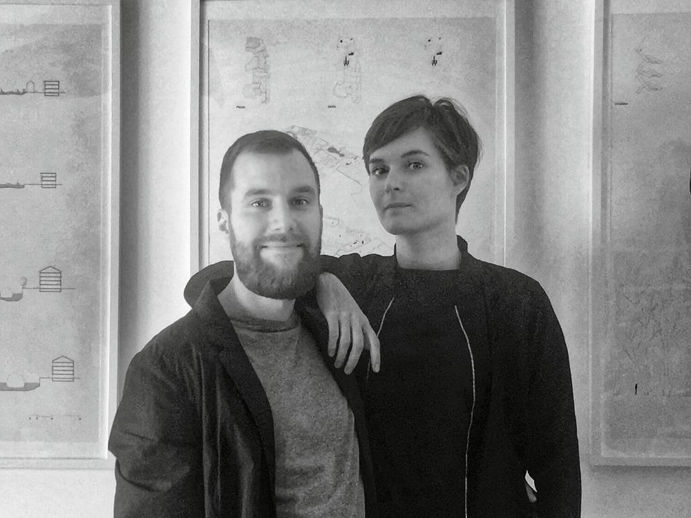 Photographie de Capucine et Xavier qui évoquent leur projet préféré